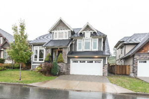 Pepin Brook Estates!! 4,257 Sq Ft 3 Storey Home with Views !