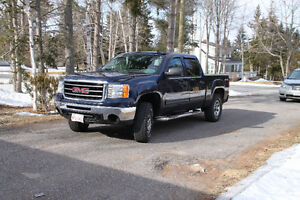 LIFTED 2010 GMC Sierra 1500 W/T Pickup Truck