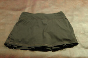 ivivva by lululemon black Set the Pace Skirt size 12