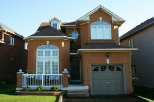 STUNNING 3 BEDROOM HOME IN SOUGHT AFTER NORTH AJAX