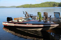Checkmate Pulse 186 with trailer no engine beautiful boat
