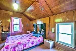 Very Spacious Family Home! Stratford Kitchener Area image 9
