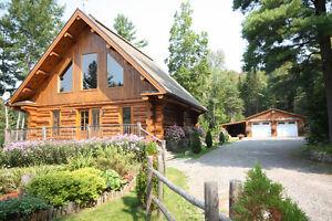 Pour vendre ou acheter domaines, maisons, chalets et terrains
