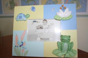 Kidsline Leap Froggie Picture Frame