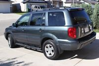 2004 HONDA PILOT EXL- 8 Seater, loaded with leather