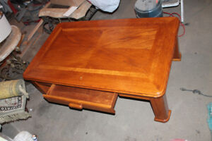 Oak Coffee Table, side table, bar stools, chairs, kitchen table/