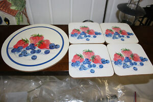 Strawberry Hot Mat & Glass Coasters (new)