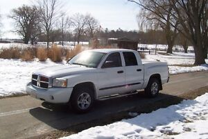 2006 Dodge Dakota slt Pickup Truck quad crew