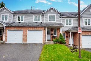 3 Bedroom Beautiful Townhouse in Pringle Creek Whitby