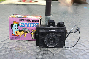 BOXED 1960'S HUCKLEBERRY HOUND CAMERA