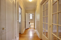 Great 2br in Monkland-Easy Access to all means of Transportation