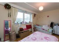 TWIN ROOM - KILBURN - LOW ChECK IN COST