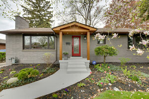 Fully Renovated Bungalow by an Architect in Burlington Downtown