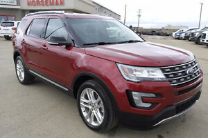 2016 Ford Explorer XLT Leather/Heated Seats/Nav/Low Kms
