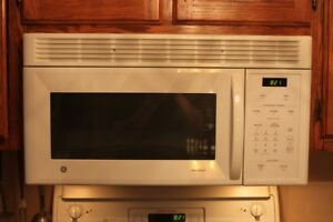 GE Spacemaker 1.4 Cu. Ft. Over-the-Range Microwave Oven