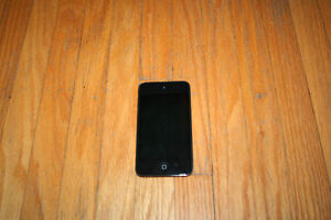 4th gen iPod touch 8 gb