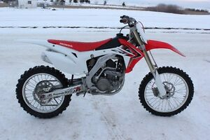 2014 CRF  250 57 Hours well maintained