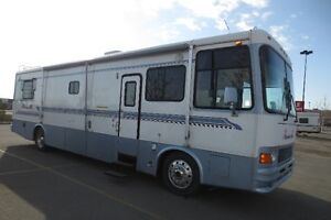 1995 Newmar Mouintainaire Diesel Pusher 40ft with slide