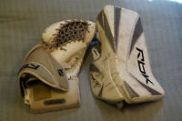 Reebok XPulse Int Pro Blocker and Trapper Size Intermediate