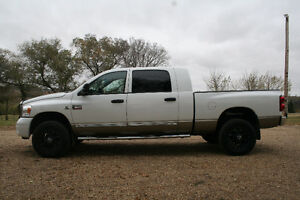 2009 Ram 3500 Laramie Pickup Truck- LEATHER/DVD/MOONROOF/4X4 Edmonton Edmonton Area image 3
