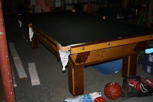 Antique pool / billiard table / billiard light