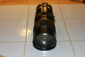 Karl Gener 1:4 70-220mm Zoom Lens Pentax M42 Mount.