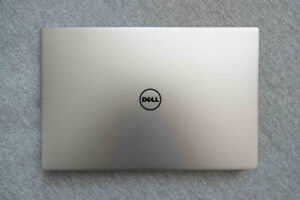 XPS 13/QHD/8GB/I5/256GB SSD laptop (9350)  166527* DA9