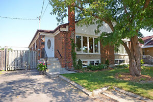 Beautiful 4 bedroom bsmt apartment close to GO station and Sq1