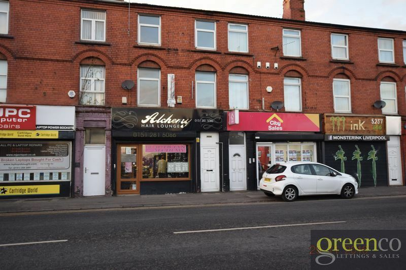 3 bedroom flat in Warbreck Moor, Liverpool, L94