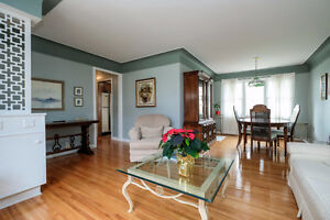 TASTEFULLY FINISHED SOUTH WINDSOR HOME WITH A BEAUTIFUL BACKYARD Windsor Region Ontario image 4