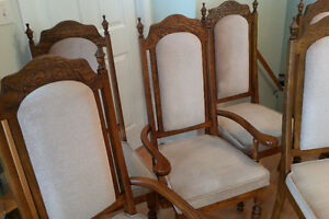 6 Dinning chairs, made in Canada