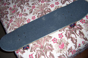 Near Mint Blind Board Complete Cornwall Ontario image 3