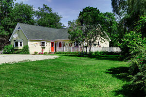 Mahone Bay home surrounded by gardens 88 Orchard St,