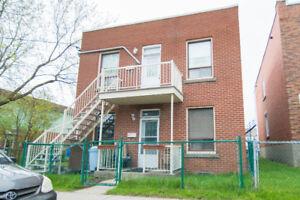Duplex in Lachine 2x 4-1/2 Great investment!