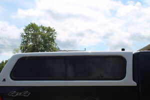 Leer Fibroglass Ford truck cap    to fit 2004-2008  6.5 box.....