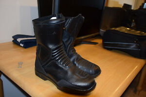 Forma Riding Boots - sz 42
