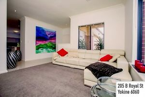 TWO WEEKS FREE RENT!!! - Modern, Large & Perfectly Yokine Yokine Stirling Area Preview
