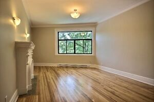 Splendid 5 ½ renovated available in the beautiful Westmount