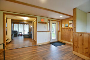 Blue Mountain Chalet - Available Dec 20-22