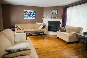 Room for rent walking distance to Mun,HSC ,Avalon Mall