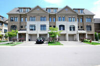 Executive 2080 sqft (free hold) townhouse in mississauga