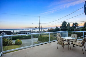 Ocean View House in Dundarave North Shore Greater Vancouver Area image 3