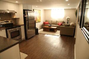 Super bright, 3 bedrooms apt near Algonquin College