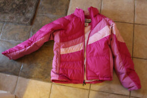 Girls Size 8 (M) pink Columbia winter/fall jacket in great shape