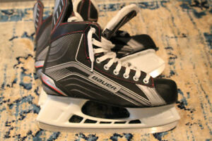 EXCELLENT Condition Bauer Vapor Adult size 10 skates
