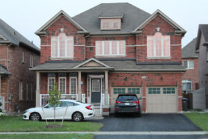 Spacious Detached 4 Bedroom House For Lease