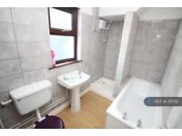 3 bedroom house in Precelly Place, Milford Haven, SA73 (3 bed)