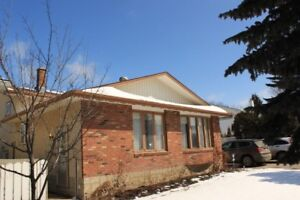 Nice 4 bdrm 3 bathroom House for Rent in South Regina Nov 15