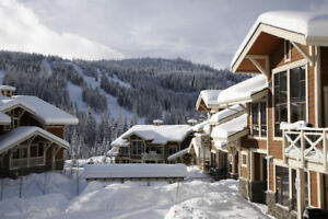 5-star, ski-in/out, 2 bed, 2 bath condo for rent in Sun Peaks!