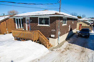 5 bedroom Bungalow in Minnow Lake Available in March